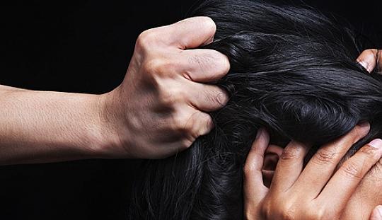 фото раком за волосы